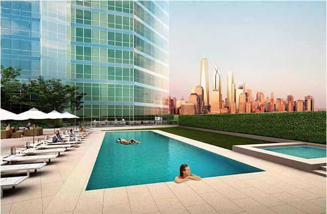 77 Hudson Pool